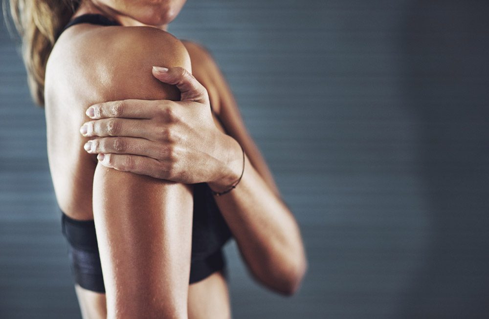7-signs-of-magnesium-deficiency-that-could-be-ruining-your-body-goals-Aching-Muscles.