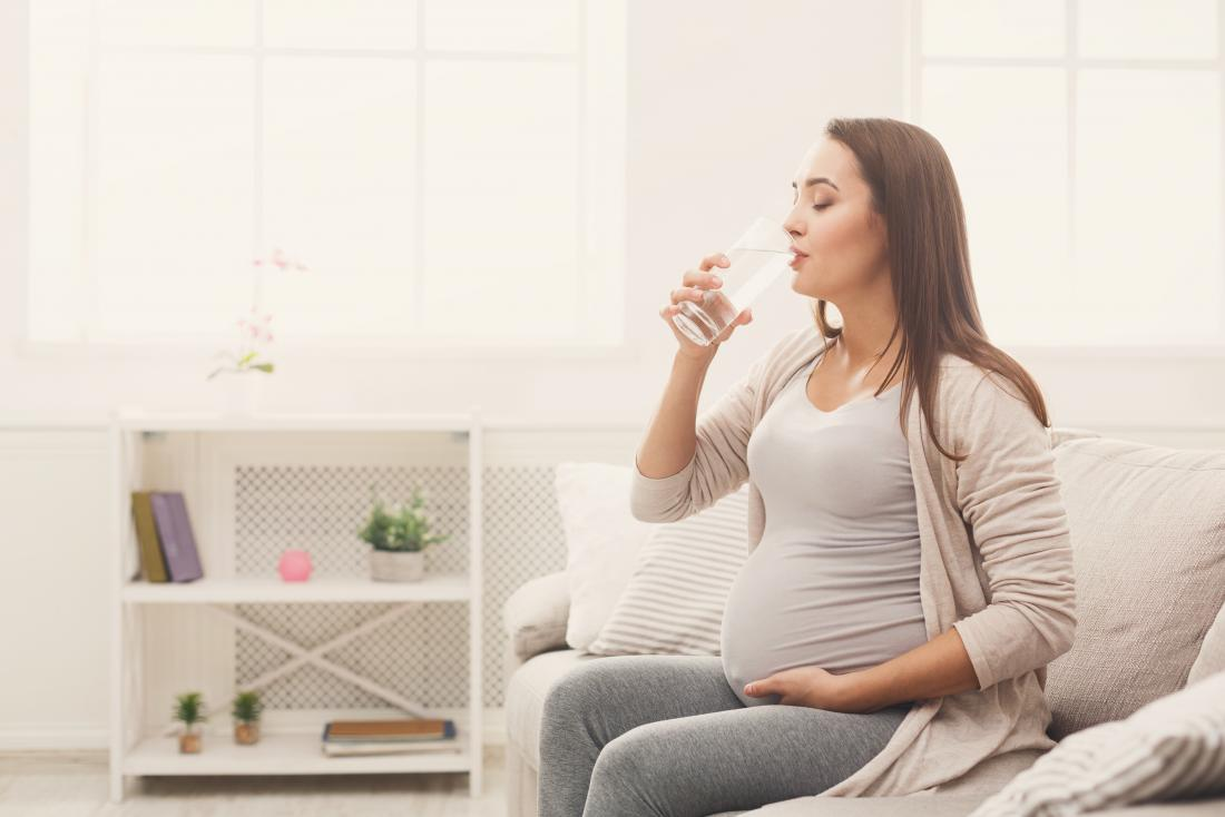 Loss of appetite and nausea pregnant drinking water