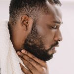 Medical News Today: What causes a chronic sore throat?
