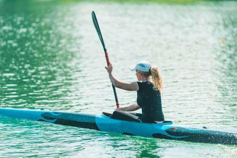 kayak-female-kayaker-training